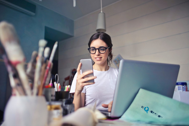 thuiswerken-tips-voor-leidinggevenden-scaled-1.jpg